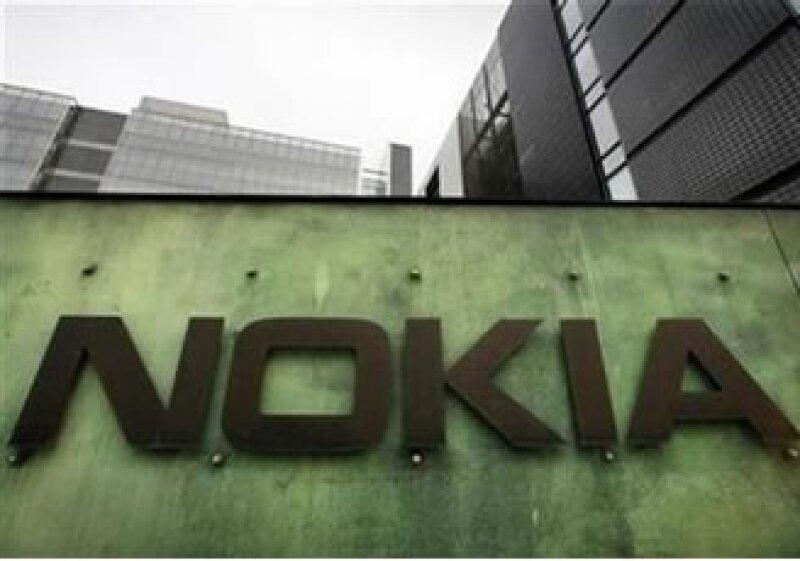 El mayor fabricante de teléfonos celulares del mundo ha lanzado alrededor de 50 modelos por año. (Foto: Reuters)