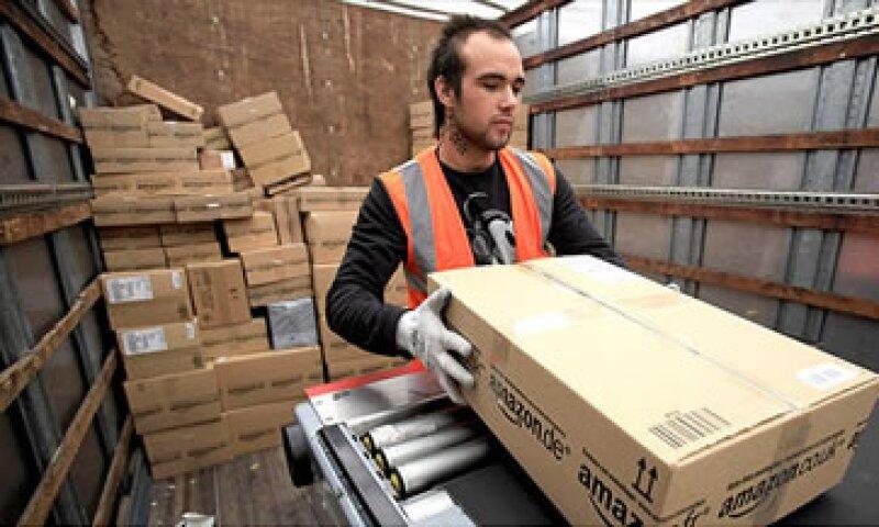 El gigante del comercio electrónico pretende ampliar sus servicios de entrega de comestibles. (Foto: Fortune)