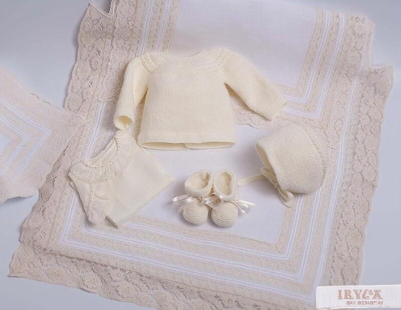 En esta foto de la marca Irulea, se puede apreciar el conjunto completo de la princesa.