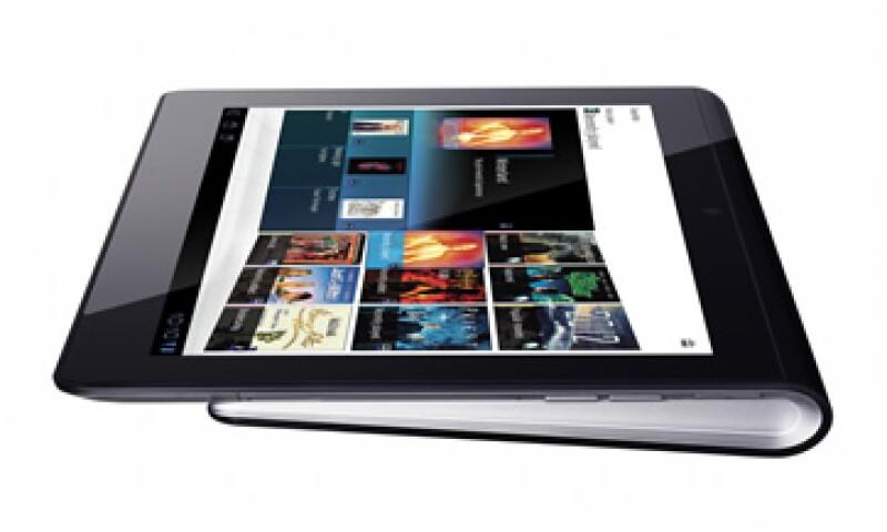 Sony busca diferenciar su tableta de las demás con características como mando a distancia. (Foto: AP)