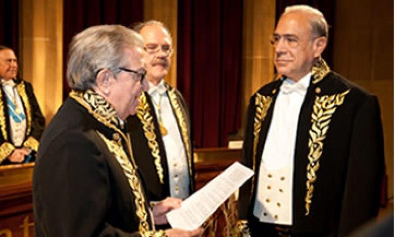 El acto solemne de su ingreso se efectuó en la Academia en Barcelona. (Foto: Cortesía OCDE)