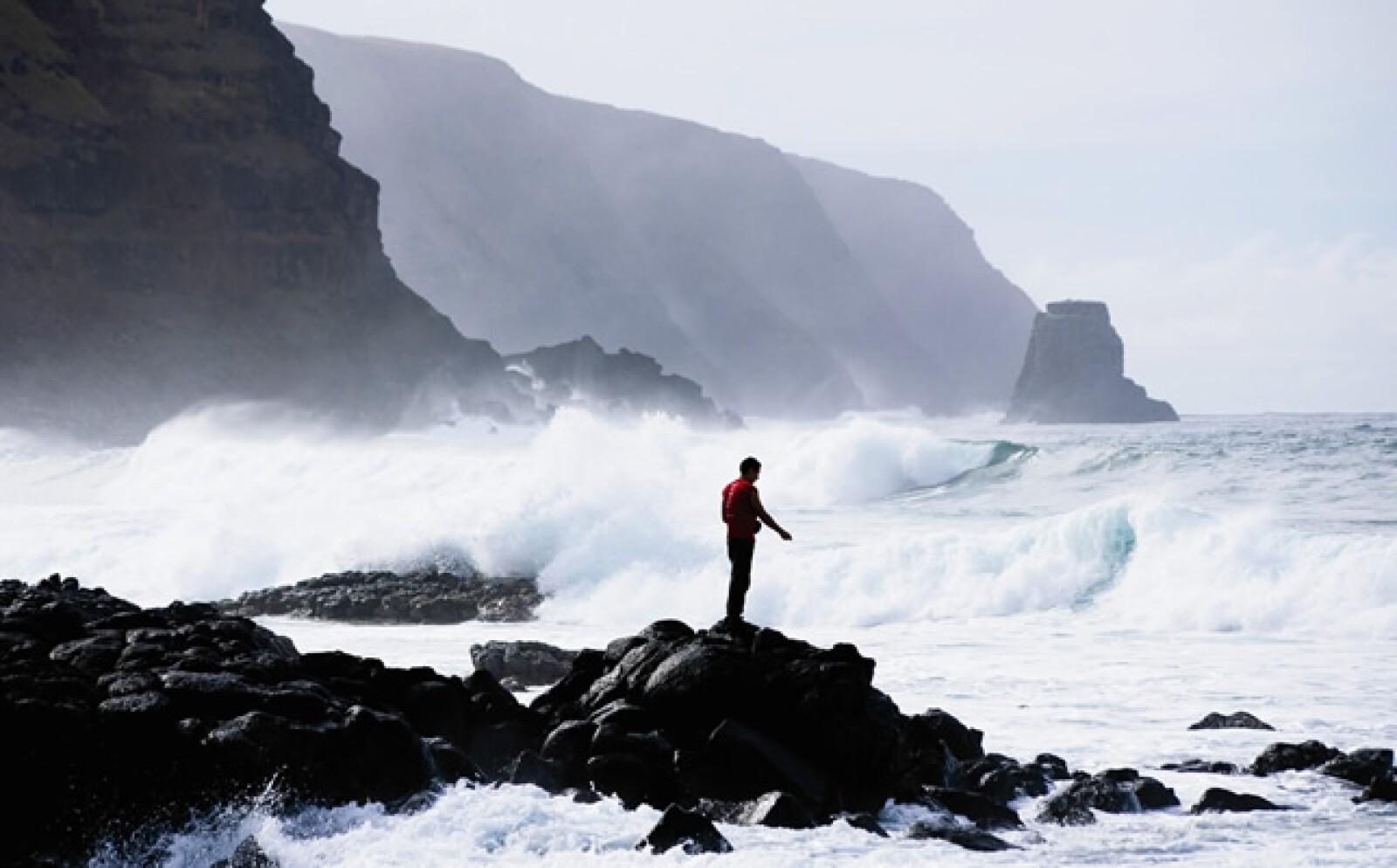 Ubicada en el Océano Pacífico, esta isla es considerada como una de las más recónditas de la Polinesia por sus impresionantes volcanes vírgenes y desde 1995, es considerada Patrimonio de la Humanidad por la UNESCO.