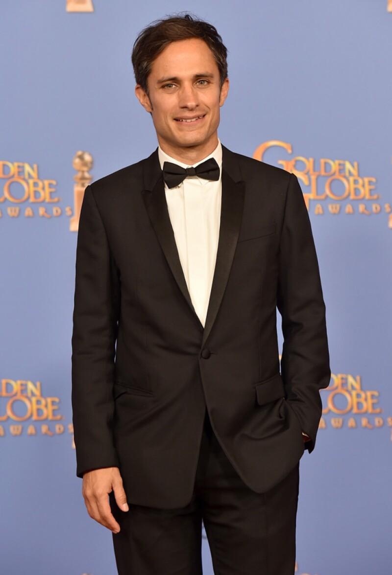 """Emocionado, el actor mexicano agradeció a sus compañeros en """"Mozart in the Jungle"""", al obtener por primera vez este premio por su papel en la serie."""