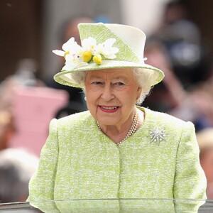 La monarca tiene previsto pasar el día de su 90 cumpleaños en el castillo de Windsor recordando viejos tiempos y viendo álbumes y vídeos familiares privados