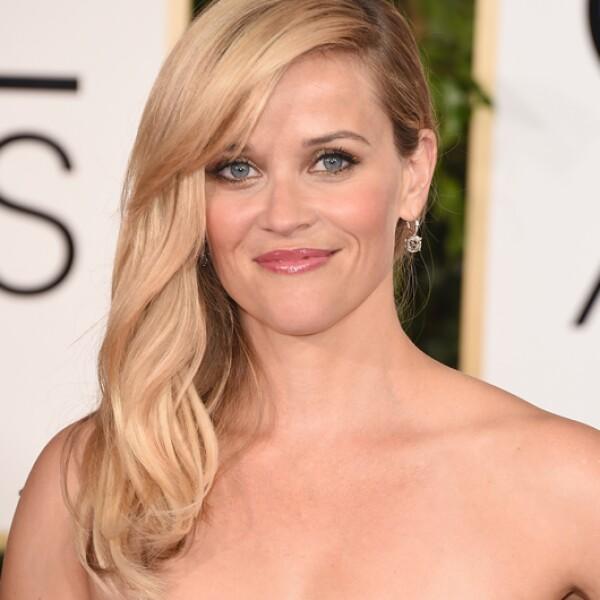 Reese Witherspoon brilló con estas perfectas ondas en su pelo dorado.