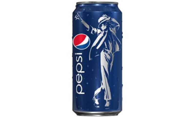 Pepsi quiere revitalizar su marca con la imagen del astro del Pop. (Foto: AP)