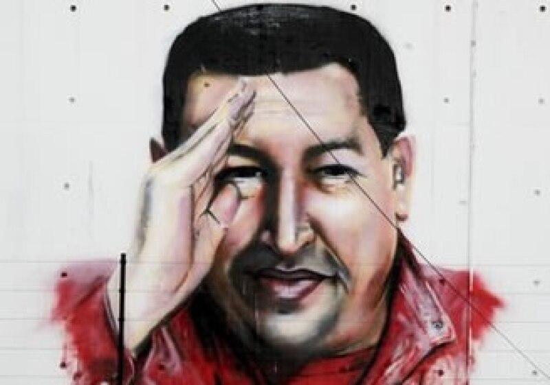 """""""¿Quien dijo que hace falta Coca-Cola para vivir?"""" preguntó el presidente Hugo Chávez. (Foto: AP)"""