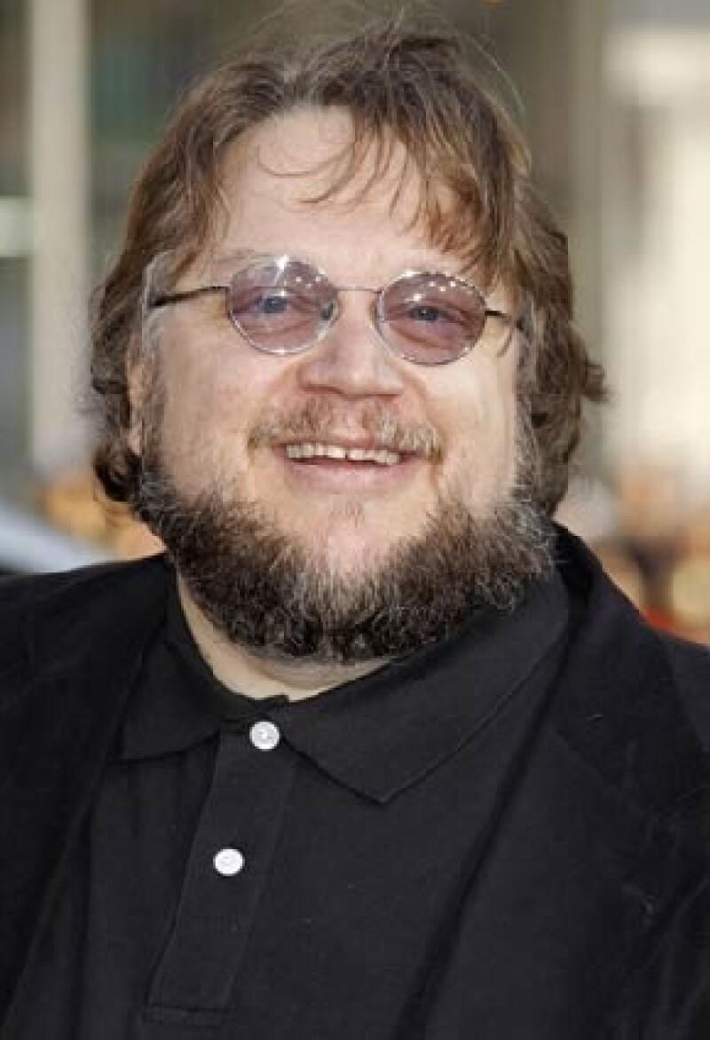 El cineasta es el encargado de la nueva versión de Disney y dijo que su filme será una versión de terror en 3D.
