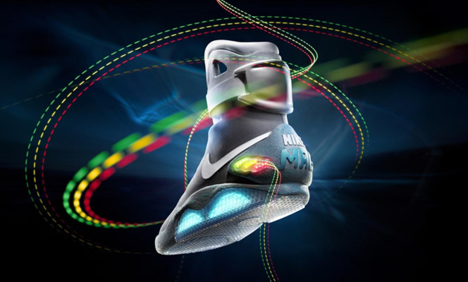 """""""Queríamos transmitir el entusiasmo que las personas tienen por los mejores zapatos de la historia, y por 'Volver al Futuro', en una acción positiva"""", dijo Mark Parker, CEO de Nike."""