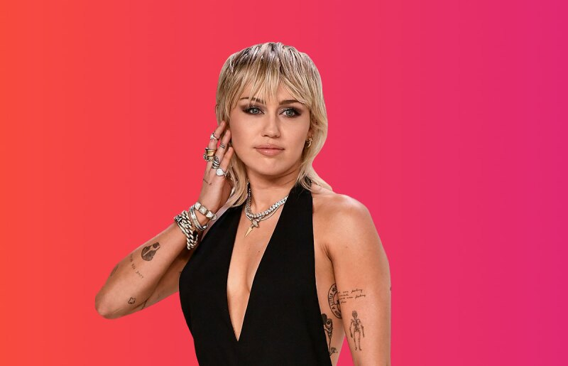 Miley-Cyrus-confiesa-que-se-ha-lavado-el-pelo-2-veces-en-4-meses