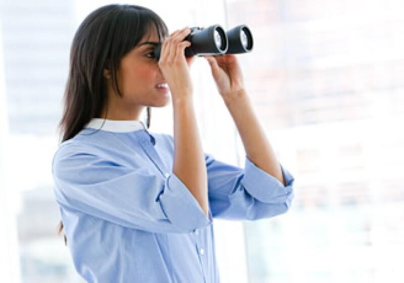 La mitad de los encuestados se ve, en cinco años, en otra empresa y con otra jerarquía. (Foto: Photos to go)