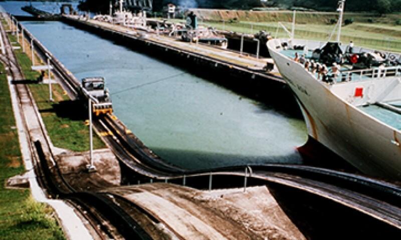 La ampliación del Canal de Panamá está retrasada por más de un año y ha incrementado costos. (Foto: EFE)