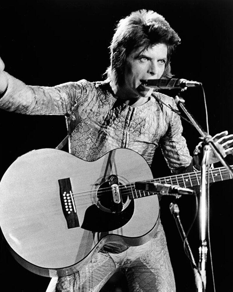 David Bowie es uno de los músicos legendarios de las década de los 70 e influyó en decenas de artistas posteriores.