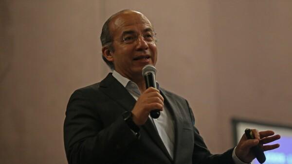 Conferencia Magistral Felipe Calderón.