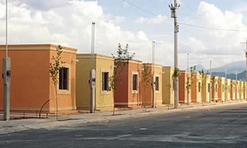 En el bimestre de 2013 el financiamiento del Infonavit a la vivienda aumentó 21%, sin embargo, el 45% se destinó a la compra de casas nuevas. (Foto: tomada de obrasweb.mx)