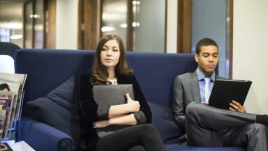 La nueva normalidad es que los millennials cambien de empleo cuatro veces en su primera década tras dejar la universidad.