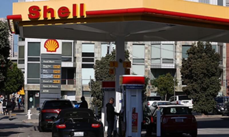 Los precios de la gasolina en EU registraron un alza del 3.3%. (Foto: Getty Images)