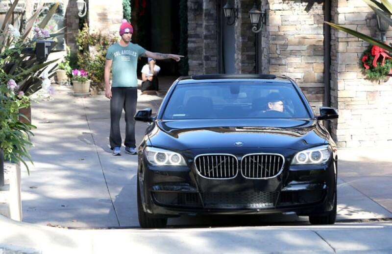 La actriz de 28 años le regaló un auto BMW negro a su esposo Ryan Sweeting, esto a dos días de haber contraído matrimonio.