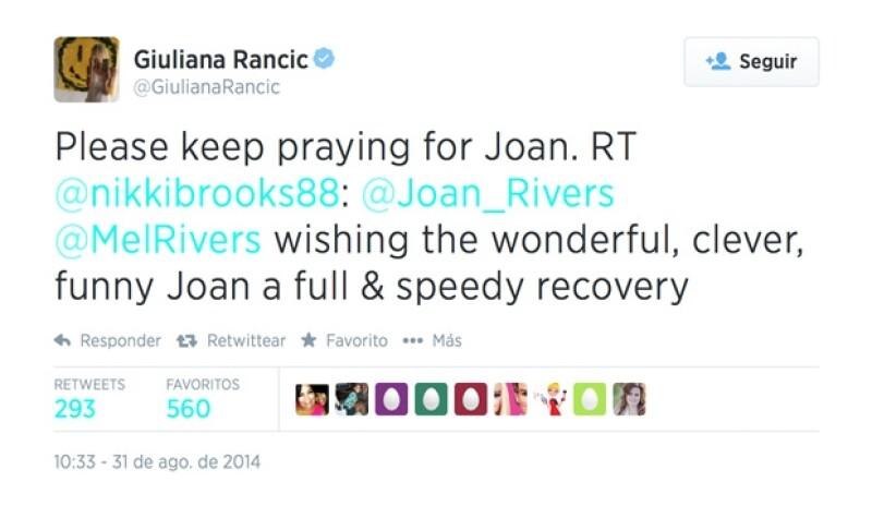 La presetadora de E! News publicó una oración en nombre de Joan Rivers.