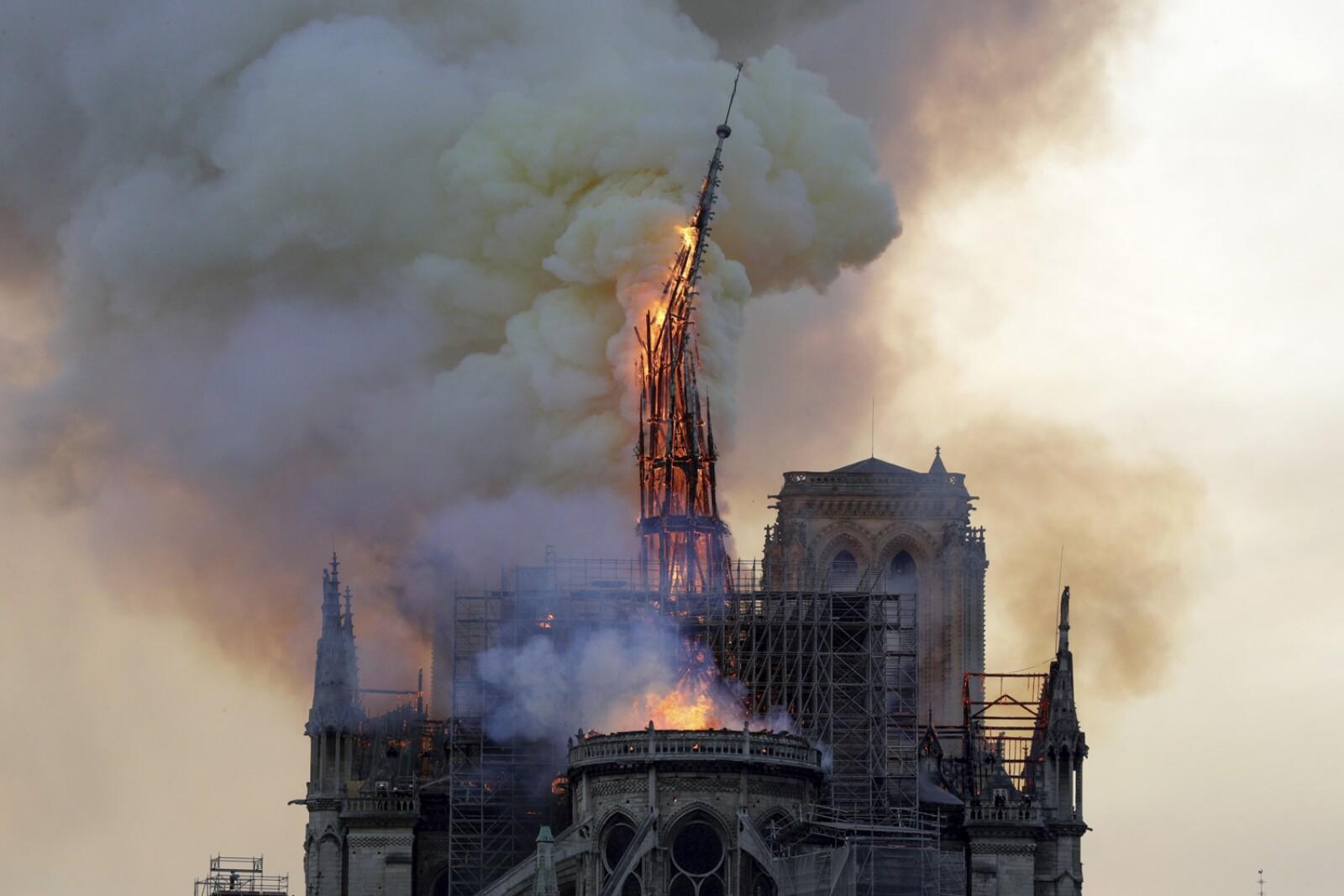 Incendio Notre Dame-9