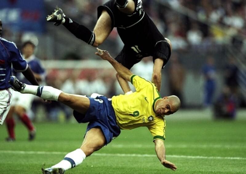Ronaldo se combulsionó de forma impactante.