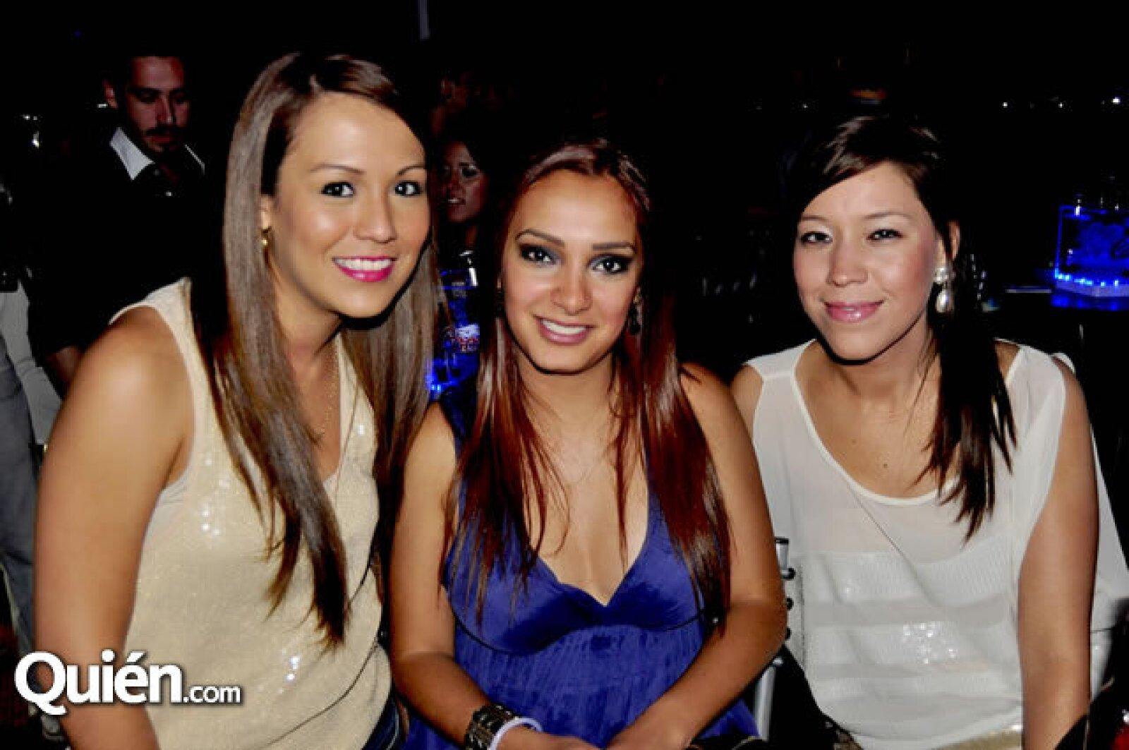 Mónica Flores, Diana Tacia y Gaby Juárez