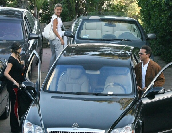 La ex pareja de Luis Miguel, Aracely Arámbula, ayudó al cantante a tener un mayor acercamiento con su hija.