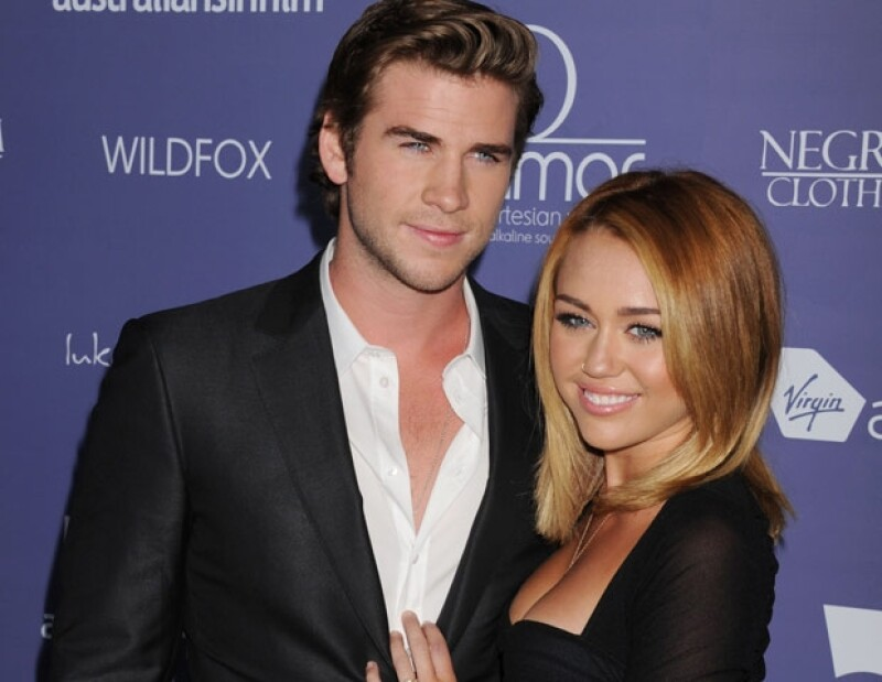 La actriz hizo frente de manera contundente a los rumores de una separación entre ella y Liam Hemsworth a través de Twitter.