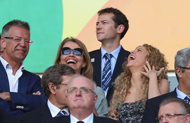 Durante la semifinal España-Italia Shakira y sus suegros se veían de lo más felices disfrutando de su compañía.