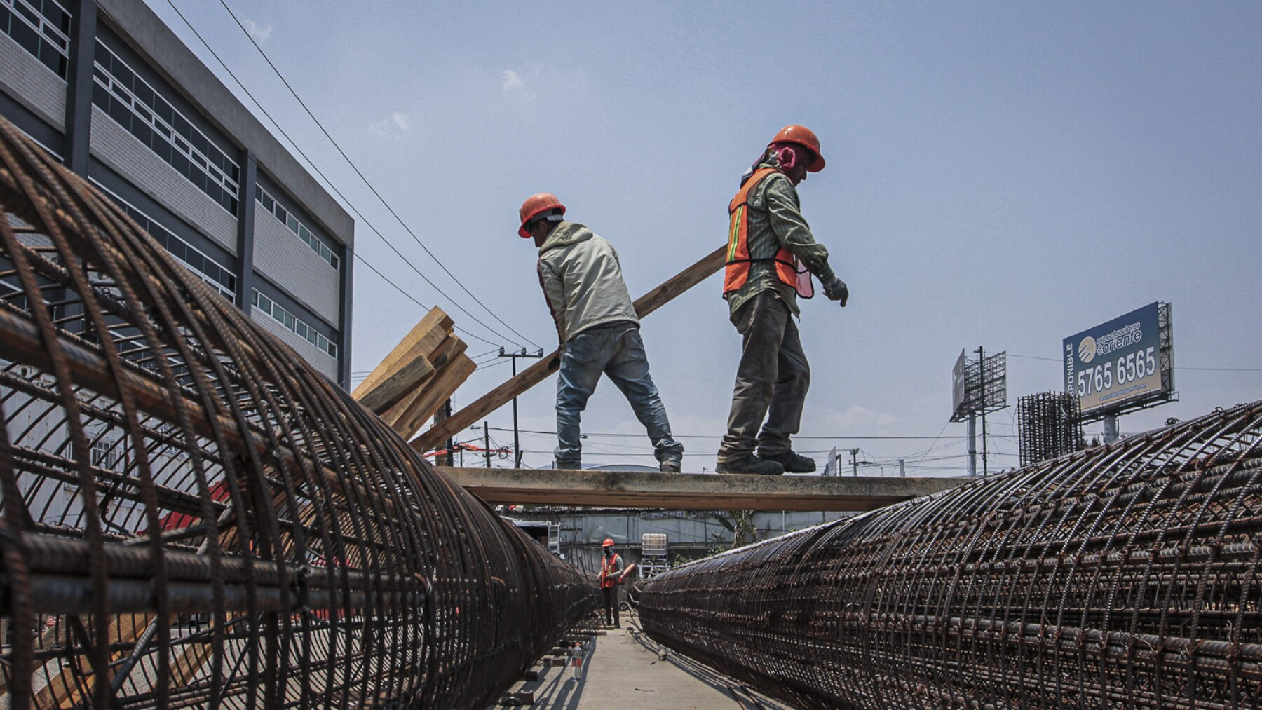 Reactivación de la industria constructora