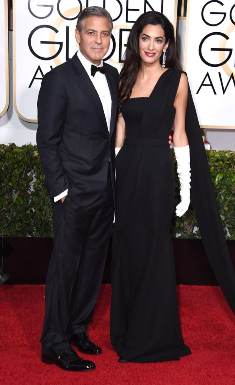 El actor aseguró que mientras su esposa tardó horas hasta elegir el vestido Dior que lució en la red carpet, él optó por darle a su esmoquin de bodas una segunda oportunidad.