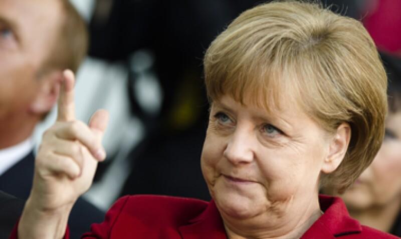 La canciller alemana dijo que el programa de crecimiento se presentará en la cumbre de la UE de junio. (Foto: AP)