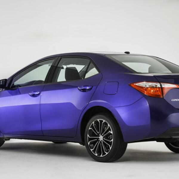 Toyota pretende competir con el Ford Focus, el Honda Civic y el Hyundai Elantra.