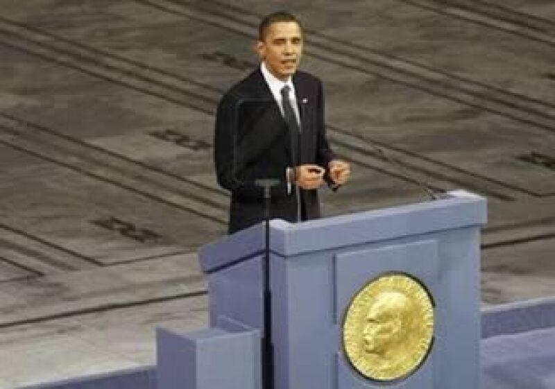 Barack Obama recibió el jueves el galardón en una ceremonia en Noruega. (Foto: Reuters)