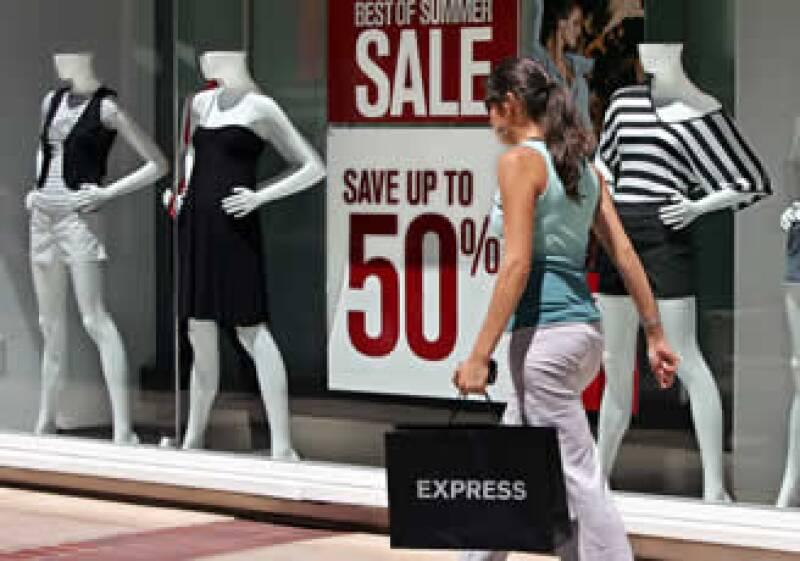 Las ventas al menudeo en diciembre acumularon 6 meses de avance. (Foto: Reuters)