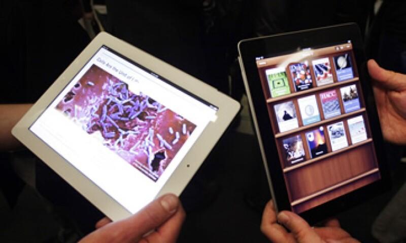 El principal beneficio de las tabletas en la tecnología educativa es el acceso a la información, de acuerdo al sondeo entre especialistas. (Foto: AP)
