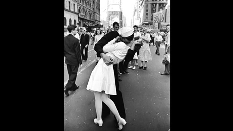 Times Square beso Segunda Guerra Mundial