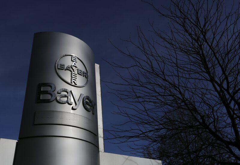 La empresa analiza la sorpresiva oferta de compra de la farmacéutica alemana.