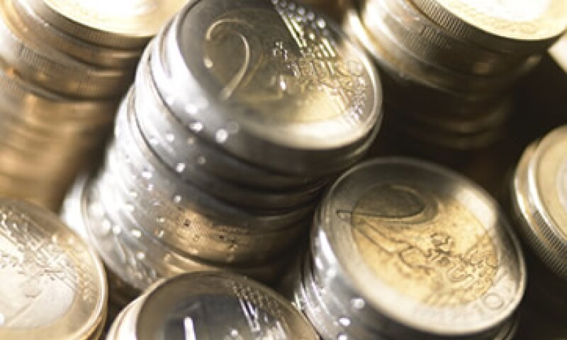 Frente al yen, euro bajó 0.8% a 103.03 yenes, tras tocar un mínimo de 102.73 yenes en la jornada de este miércoles. (Foto: Thinkstock)