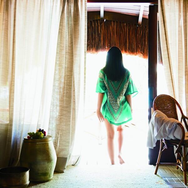 Si buscas tranquilidad, con estilo, este hotel es la opción más cómoda y sofisticada de la región. Las suites son cabañas con techo  de paja, ubicadas frente a la playa de Muro Alto. También ofrece actividades al aire libre y un spa de L'Occitane.