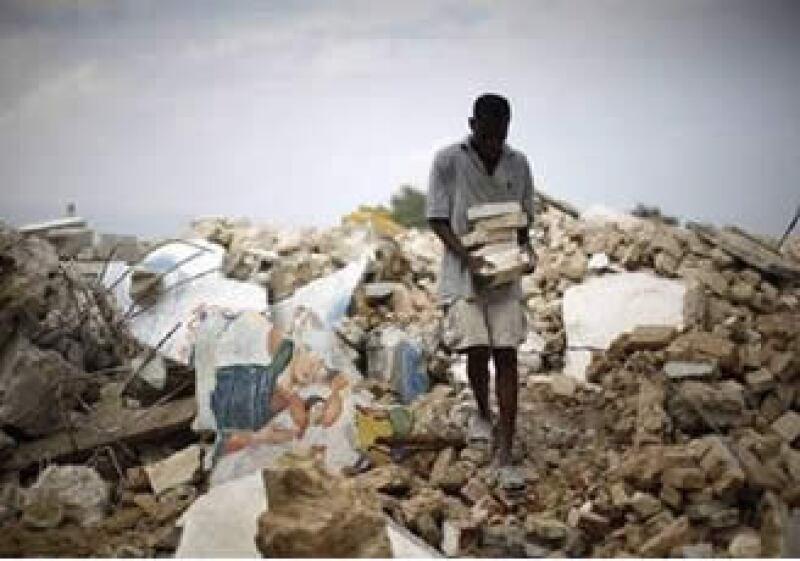 Más de 200,000 personas murieron en Haití, pero casi 600,000 quedaron sin hogar. (Foto: Reuters)