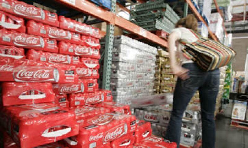 Coca-Cola FEMSA aseguró que seguirá comprando a otras empresas de bebidas. (Foto: AP)
