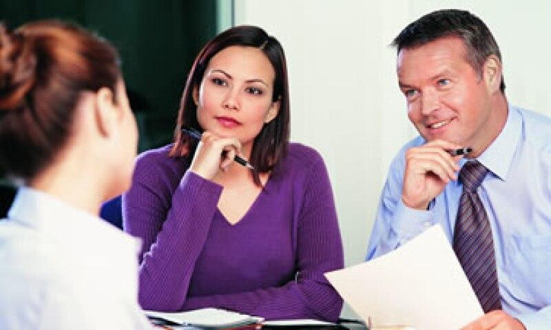 Para convencer a los reclutadores, debes destacar tus virtudes sin tratar de ocultar tus fallas. (Foto: Thinkstock)