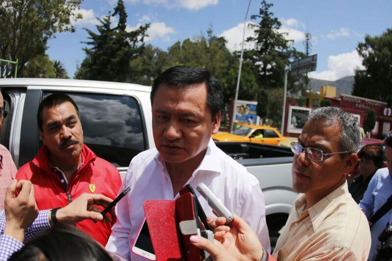 El secretario de Gobernación acudió a votar en Pachuca, Hidalgo.