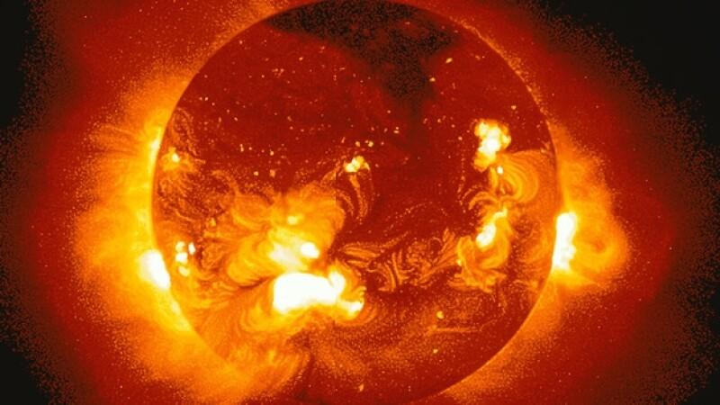 erupcion solar del sol
