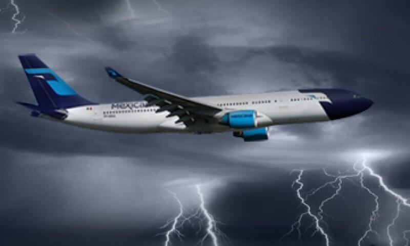 Más de 30 inversionistas han expresado su interés para adquirir a Mexicana de Aviación pero ninguna ha tenido éxito.   (Foto: Foto Especial)