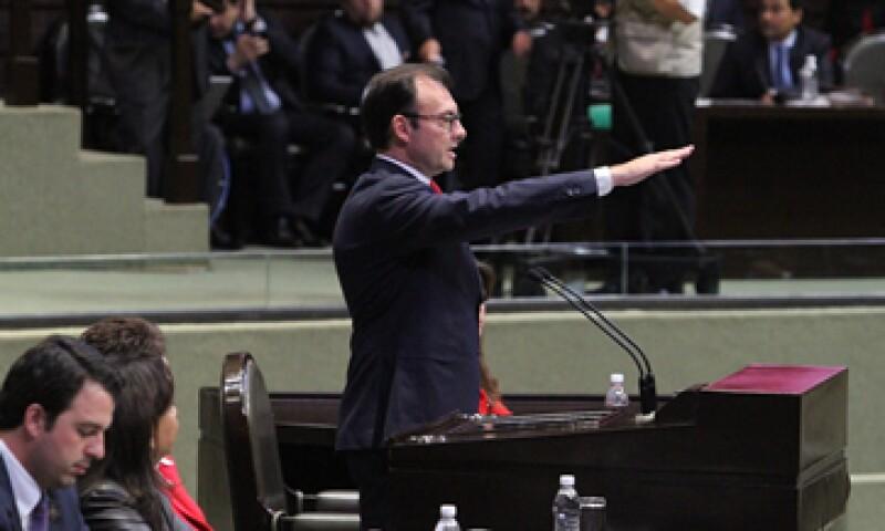 Videgaray es cuestionado por la oposición por el bajo crecimiento económico del país. (Foto: Notimex)
