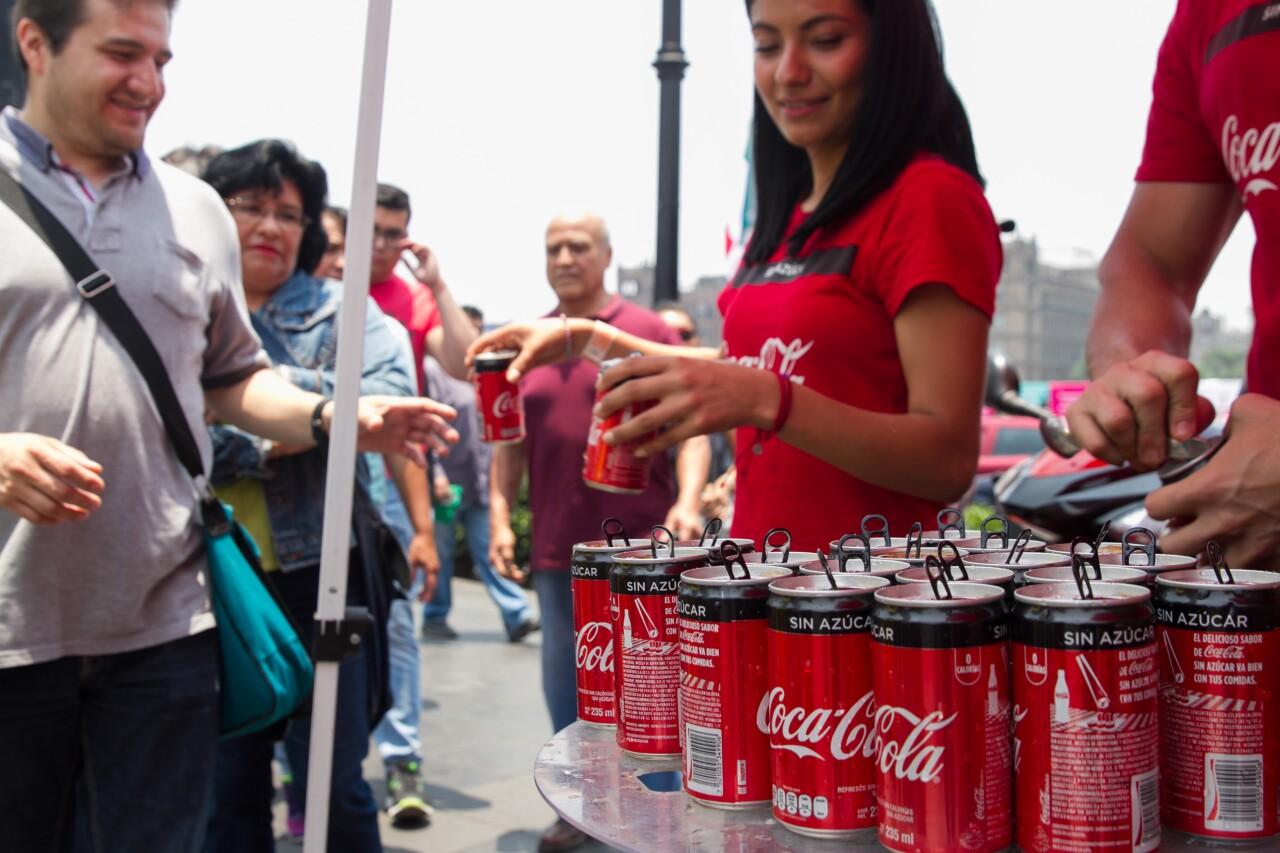 La venta de productos más sanos eleva las ganancias de Coca-Cola