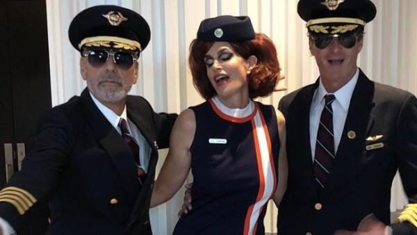 George Clooney disfrazado junto a Rande Gerber y Cindy Crawford para la fiesta de Halloween de Casamigos