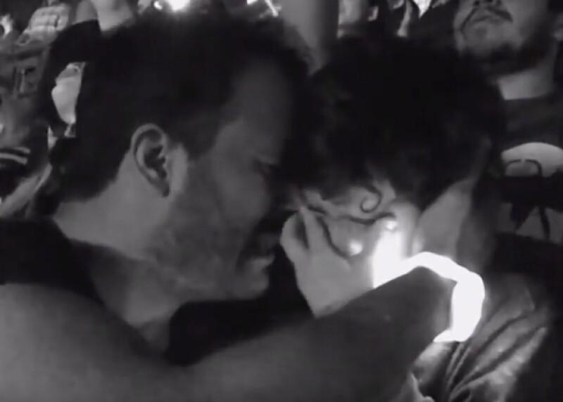 Luis Vázquez no pudo contener las lágrimas al ver a su hijo tan emocionado al ver a Coldplay.